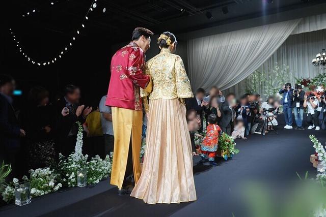 秋瓷炫熬过妊娠疾病让儿子当婚礼花童,从林品如变人生赢家