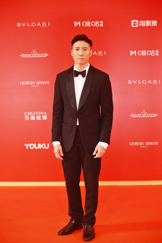 演员洪天照表态上海片子节红毯 新作赓续让人等待