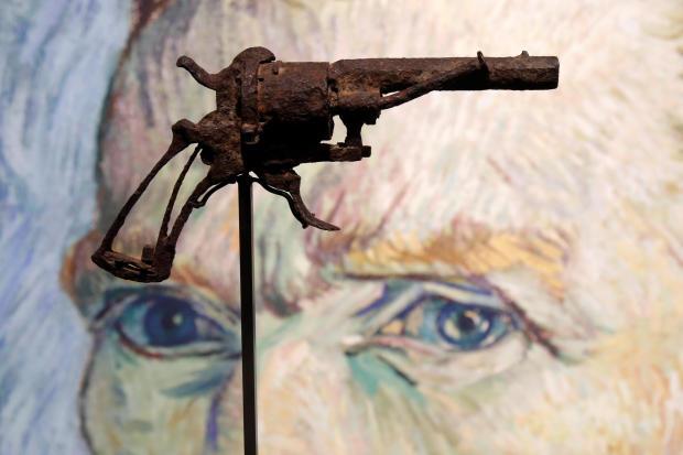 """""""艺术史上最著名的武器"""" 疑似梵高自杀所用手枪在巴黎拍卖"""
