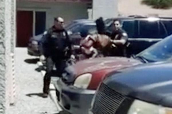 美警察怀疑女童偷东西持枪威胁其父母或面临千万索赔