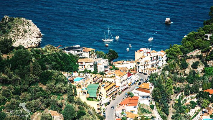 西西里岛的掌上明珠:陶尔米纳