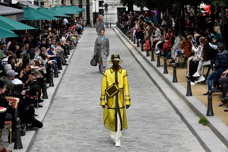 巴黎男装周——路易威登发布春夏新品