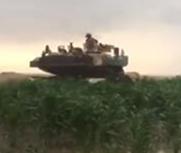 美军坦克军演迷路