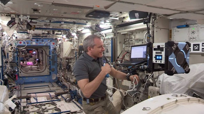 Astrobee機器人開始在空間站內飛行