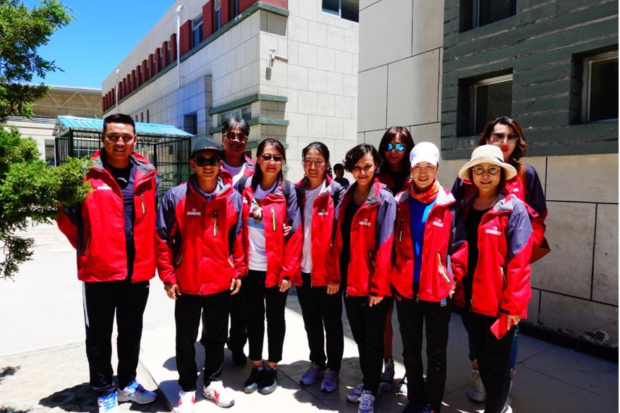 筑梦体育教育 5100基金携手世界冠军西藏公益行