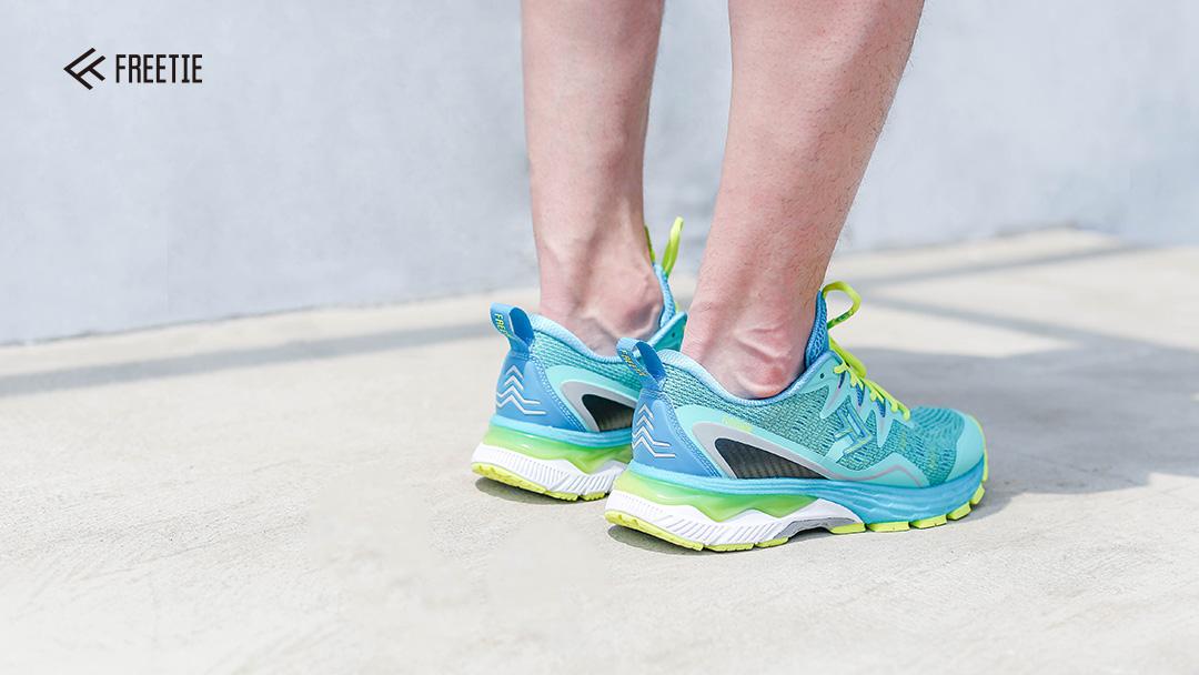 小米有品上线专业级跑鞋 可搭配智能运动芯片使