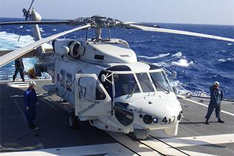 日本印太军事训练 使用舰载直升机起降