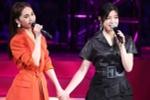 杨丞琳陈妍希演唱会深情对唱 热拥玩亲亲闺蜜情深