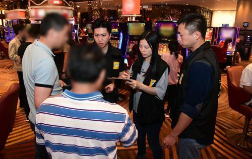 泰国孕妈妈坠崖老公量刑(PRTD-005)澳门媒体:澳门司警局继续进行反罪恶巡查举动 171人被截查