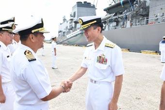 日本最大准航母抵达马六甲小国亲善访问