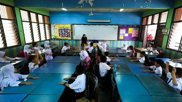 空气污染致75逻辑学生呼吸艰苦 马来西亚400多所黉舍封闭