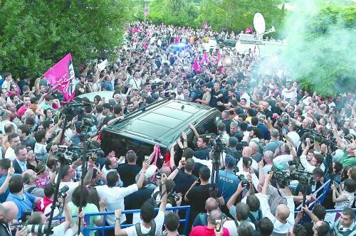 伊斯坦布尔选举,埃尔多安遭重创
