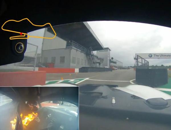惊险!英赛车手比赛中座舱起火 火苗离人仅30厘米