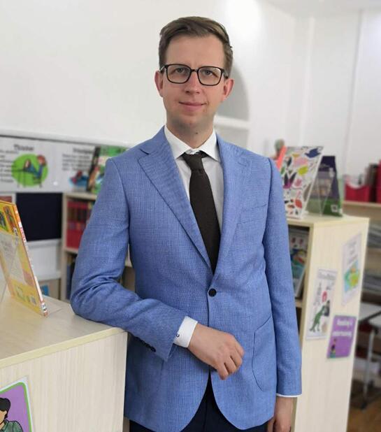 中山实验国际小学校长Jakub:教育孩子需要家长与学校共同努力