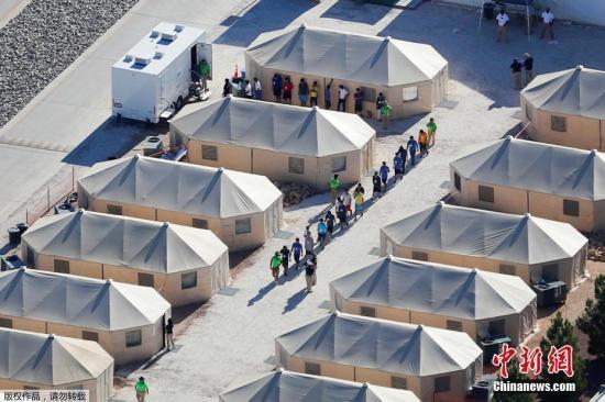 美边境儿童安置丑闻发酵 移民管理部门再传人事变动