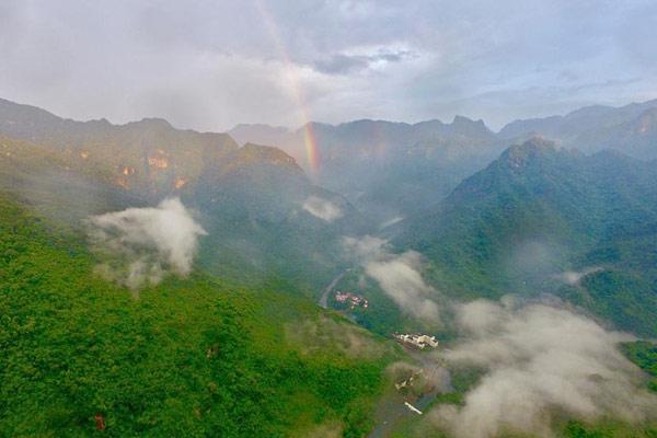 福州:雨后青山美