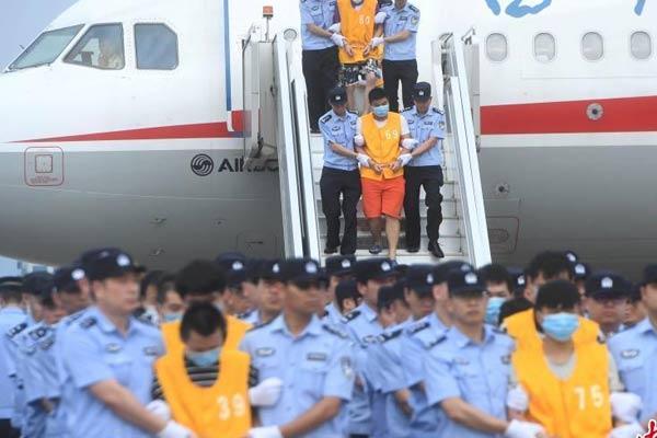 重庆警方打掉特大跨国诈骗团伙