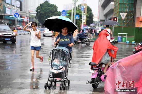 北方局地强降雨 黄淮南部至长江中下游有降雨过程
