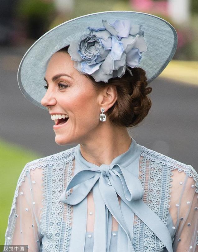 凯特王妃立体花朵礼帽清新明媚