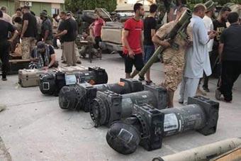 哪兒來的?利比亞國民軍展示美制標槍導彈
