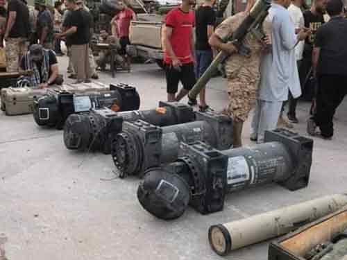 哪儿来的?利比亚国民军展示美制标枪导弹