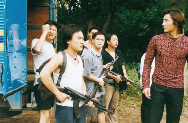 """《插翅难逃》""""杨吉光""""窘境:烧烤城走穴演出,是优秀的猴戏演员"""