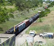 加拿大火车行至美国脱轨