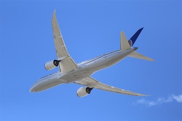 美国开始调查波音787安全性:灭火系统存在问题
