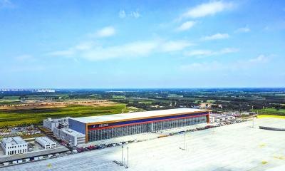 南航大兴机场基地全面竣工