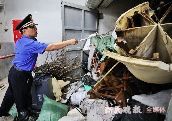 上海开出首张垃圾分类整改通知书 五星级酒店被罚