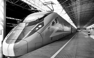 高铁复兴号:驶向中国标准的全新运输时代