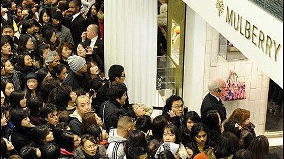 美媒:洛杉矶购物店空荡荡,中国买主去哪儿了