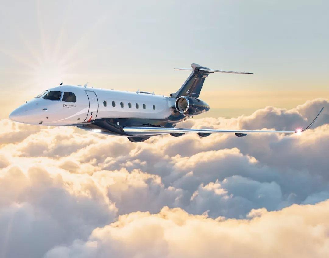 巴西航空工业旗下首架超中型公务机领航600交付