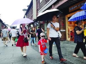 """未来3天江苏""""南湿北热""""模式继续 台风可能要来"""