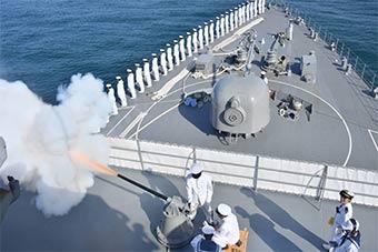 日本軍艦現身中美洲 訪問危地馬拉在當地旅游