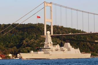 黑海熱鬧了:北約三國軍艦過海峽浩浩蕩蕩進黑海