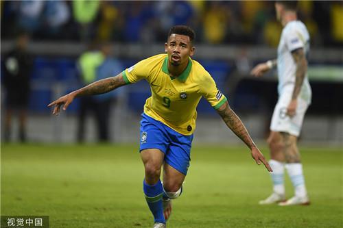 ?#20048;?#26479;:巴西2-0完胜阿根廷进军决赛