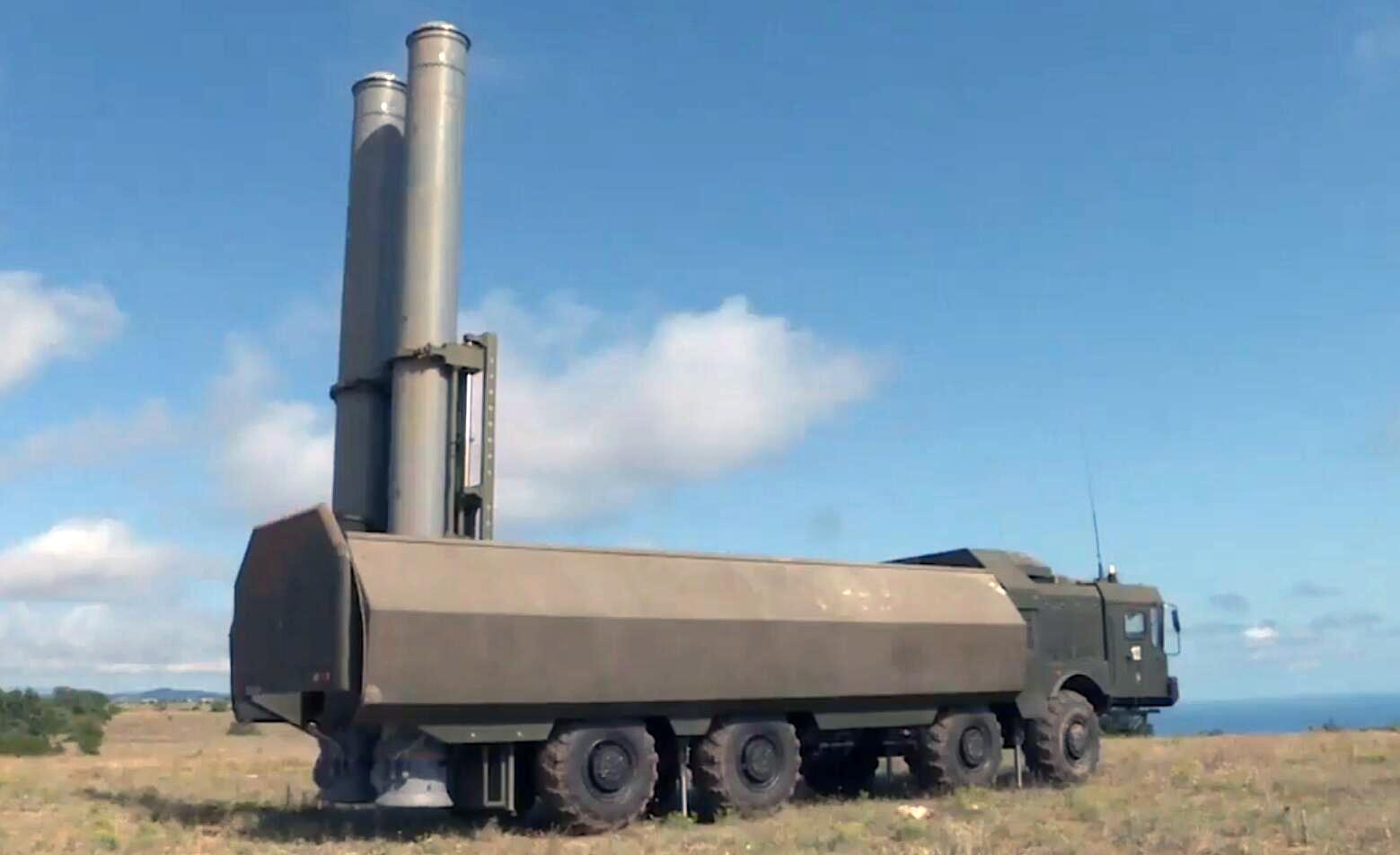 美国和乌克兰正在海上军演 俄军在边上竖起导弹