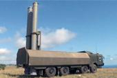 俄军在克里米亚亮出导弹