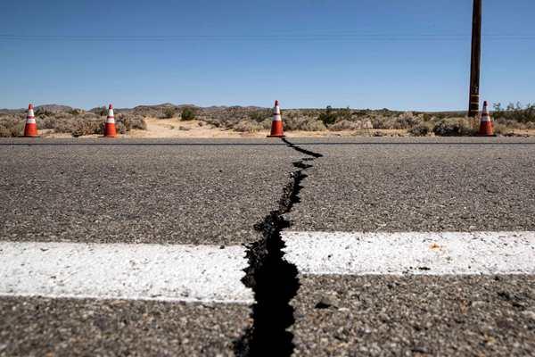 美国加州南部发生6.4级地震 为该地区20年来最强地震