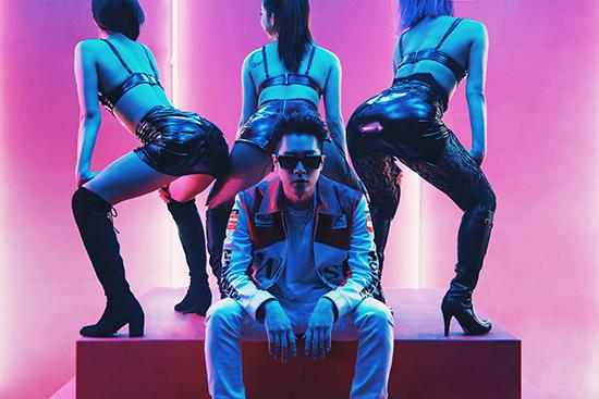 周汤豪《i GO》MV连换8种造型 全新创作EP将发行