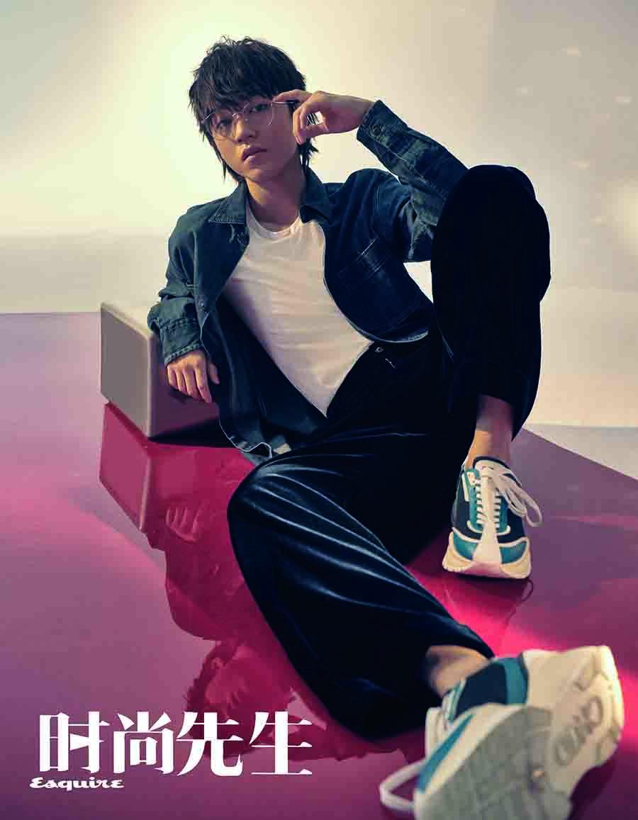王俊凯封面写真 少年初露锋芒