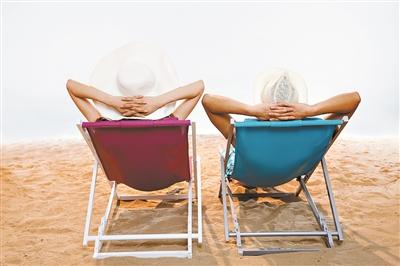 夏天晒太阳防病有讲究 这两个时间段最适宜