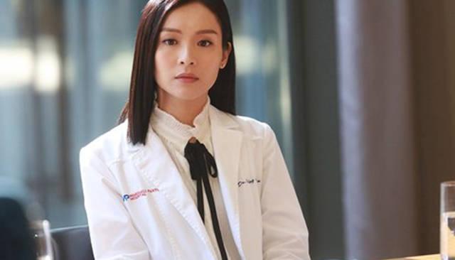 TVB《白色强人》程洛雯疾病复发,病情却遭外泄,YT唐明齐心救人