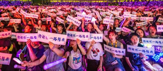 """JJ林俊杰《我们很好》首唱""""赣谢""""南昌 四万观众首听感动落泪"""