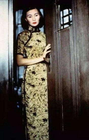 穿旗袍最美的女星 《花样年华》里的张曼玉太经典
