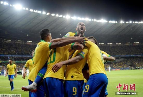 巴西队3:1击败秘鲁队 时隔12年再夺美洲杯冠军