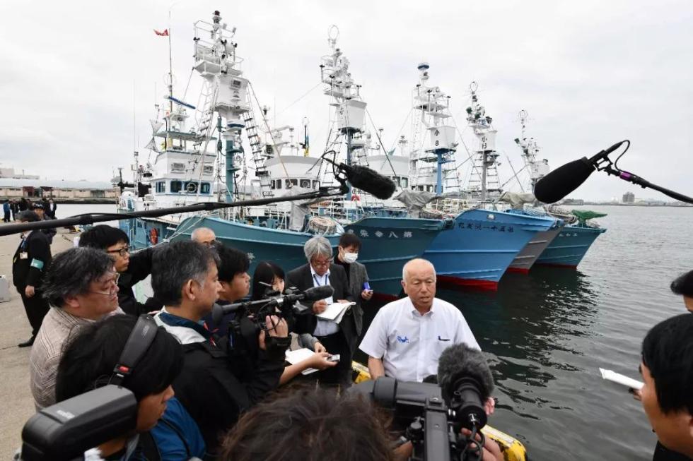 非吃不可?日本恢复捕鲸,大批鲸肉积压却无人