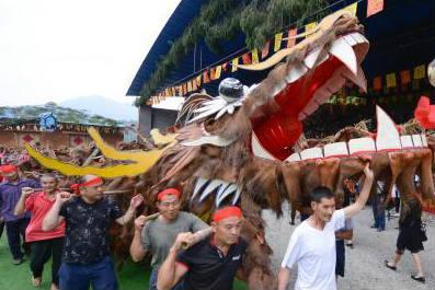 """张家界土家""""六月六""""狂欢节 还原生态民俗文化"""