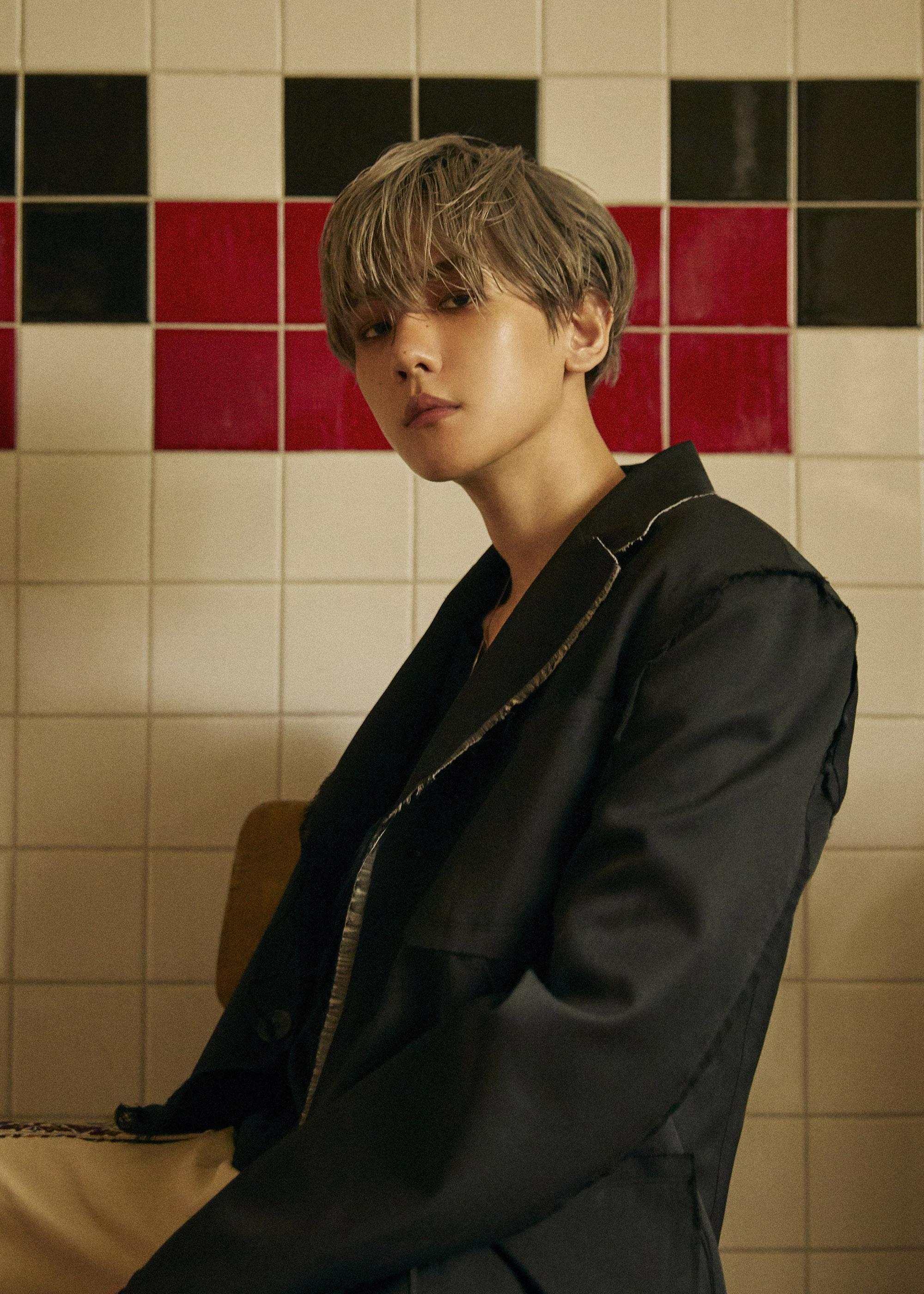 EXO伯贤首张个人专辑《City Lights》预售破40万